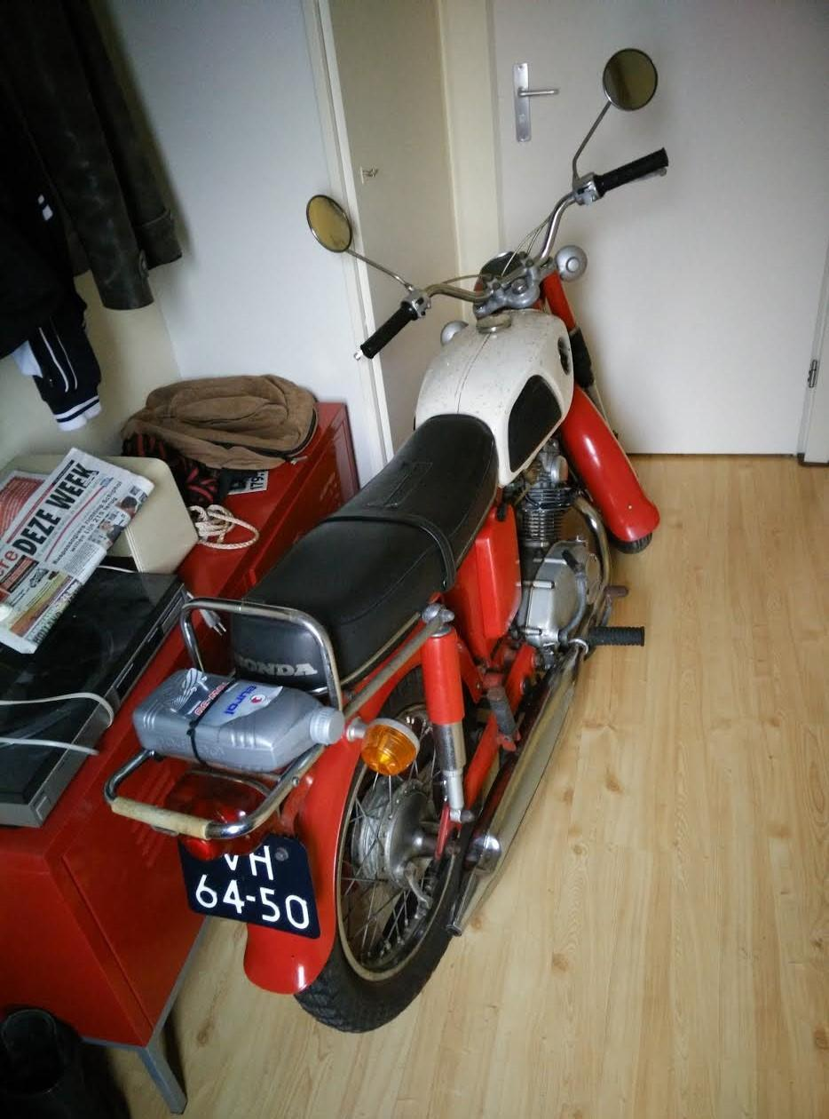 68 Honda Cd125 Arrives At New Home 1970 Ct70 Valve Guide 02